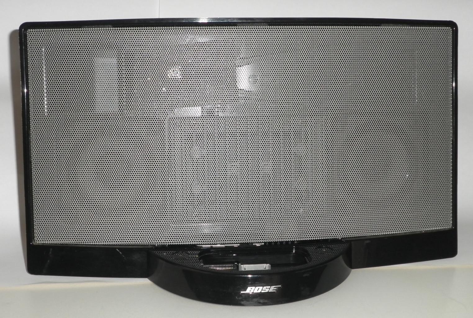"""d1f97dfbdb3 Actualización 9-05-2014: He publicado una nueva versión """"low cost"""" más  barata y sencilla que ésta, Entrada de audio auxiliar en un SoundDock I de  Bose ..."""